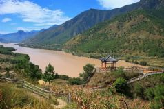 Yangtze Cruise Adventure