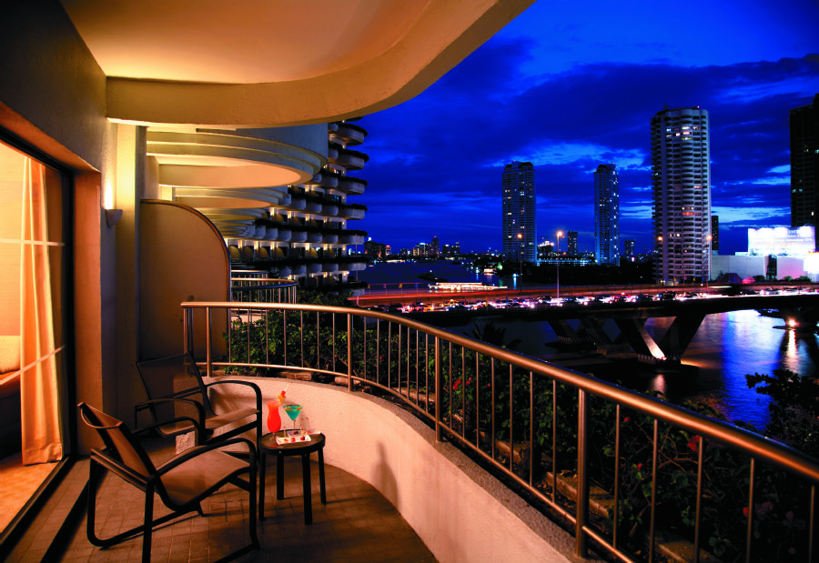 Shangri la hotel bangkok bangkok for Hotel the balcony