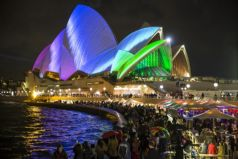 The Sydney Opera House Tour: Celebrating Vivid LIVE