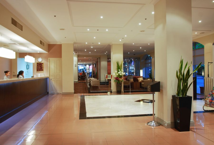 Holiday Inn Darling Harbour Sydney Accommodations