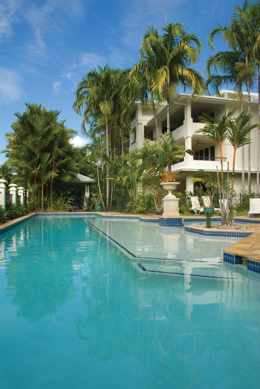 Mandalay Luxury Beachfront Apartments Port Douglas