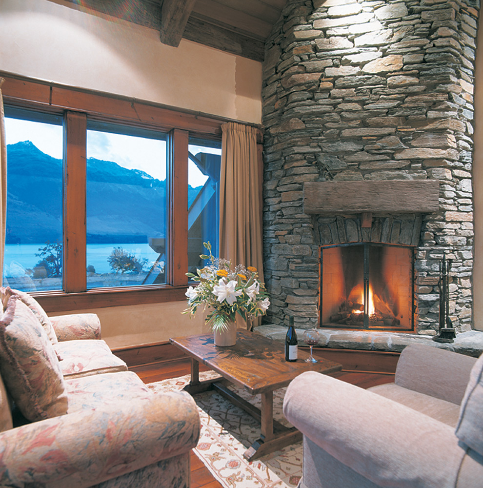 Suite Lounge | Photo Credit: Blanket Bay Lodge