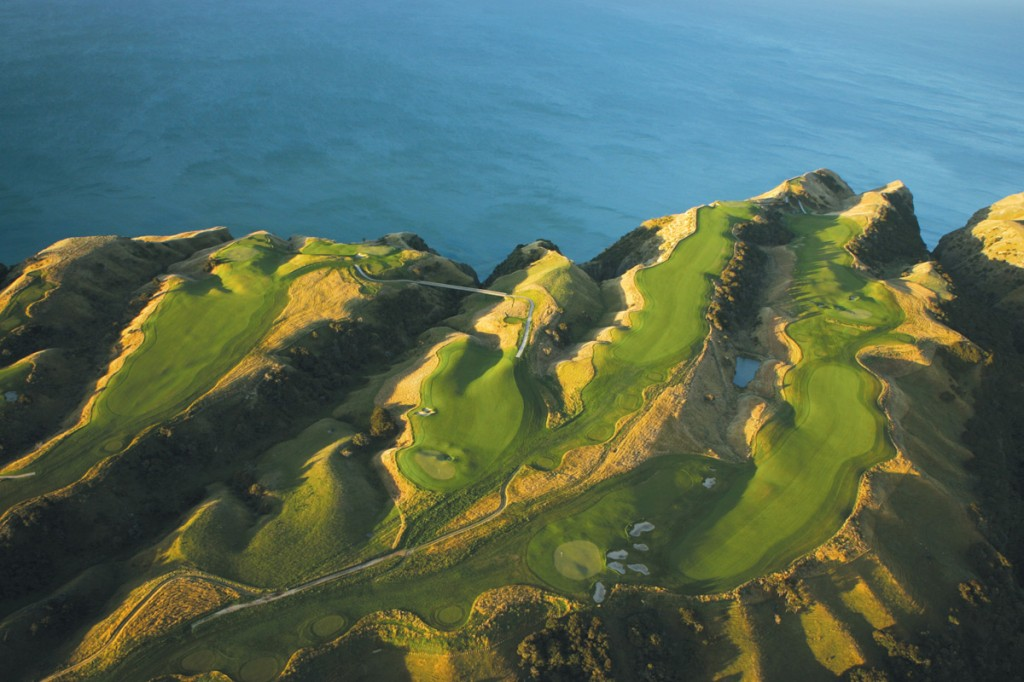 Golfing | Photo Credit: The Farm at Cape Kidnappers