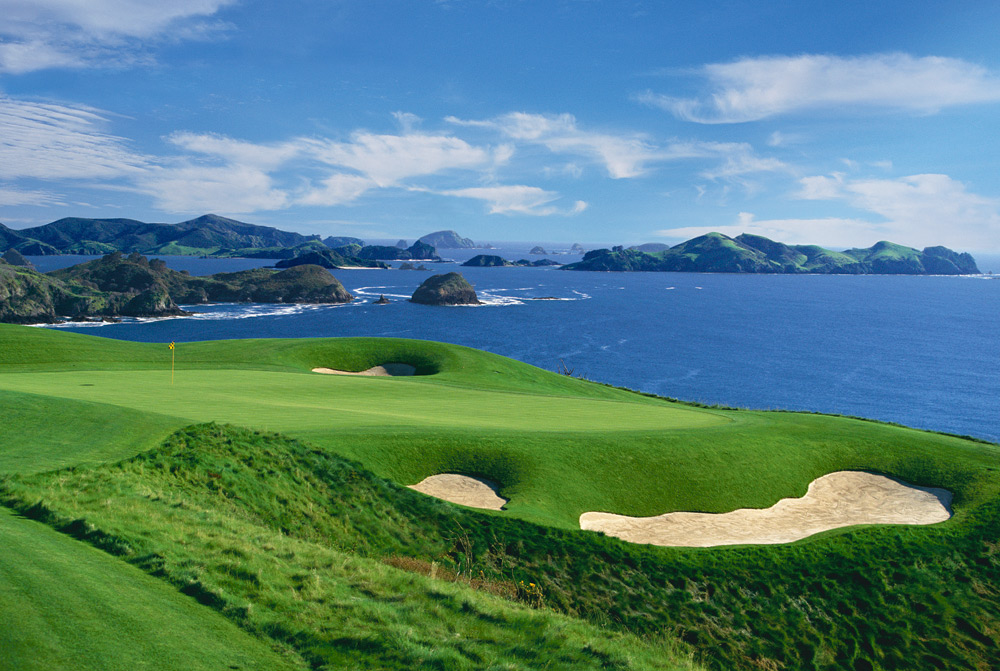 Golfing | Photo Credit: The Lodge at Kauri Cliffs