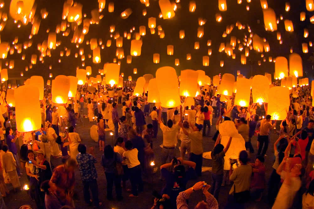 Yi Peng Lanterns | Photo Credit: Tourism Thailand