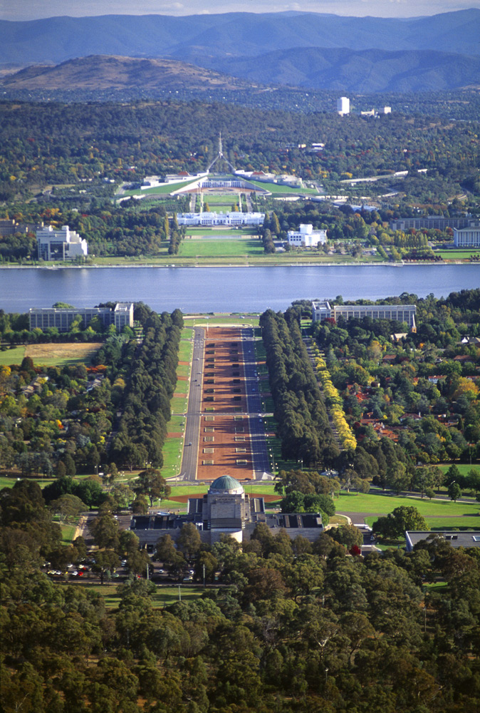 Canberra Anzac Parade | Photo Credit: Tourism Australia/Photographer Ian Russell Marriner
