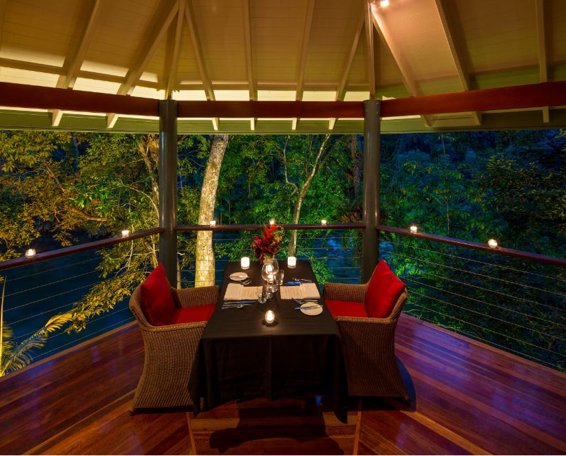 Jungle Perch Dining | Photo Credit: Silky Oaks Lodge