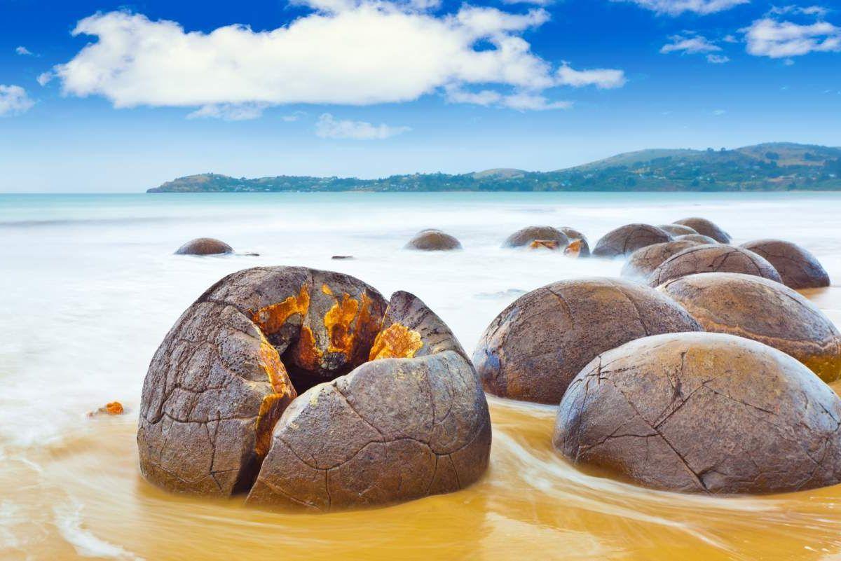 Moeraki Boulders And Blue Penguins Dunedin