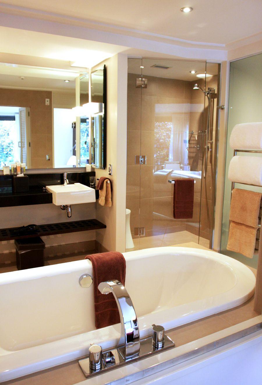 The spire queenstown queenstown for Bathroom design queenstown
