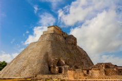 Cultural Tour from Mexico City to the Yucatan Peninsula